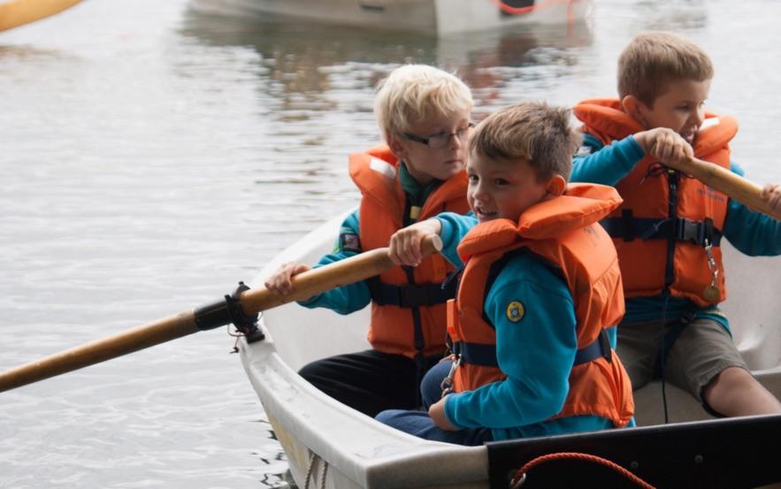 Beavers boating